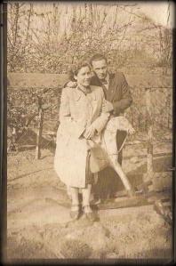 Pierwsze wspólne zdjęcie dziadków - w Nowym Stawie